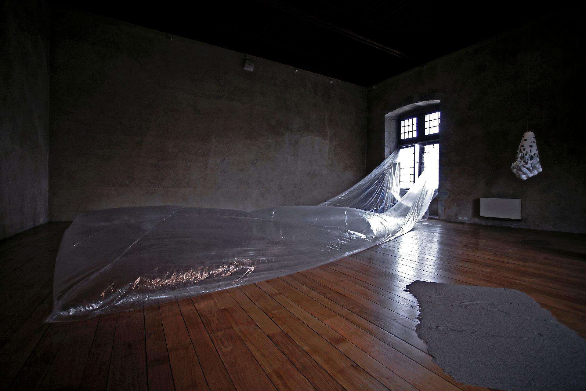 2010-Monolithe – Expo Introduction-Laac-Musée Chateau 0-OK-OKYES